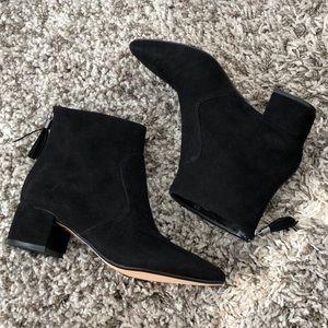 NWT Karl Lagerfeld Paris Maude Black Booties